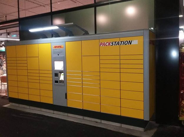 Guide on how to use DHL Packstation in Germany - Free Parcel Lockers